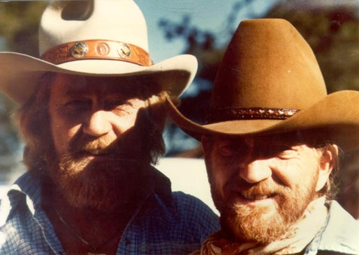 Whitey Ray Huitt and Willie Nelson photo